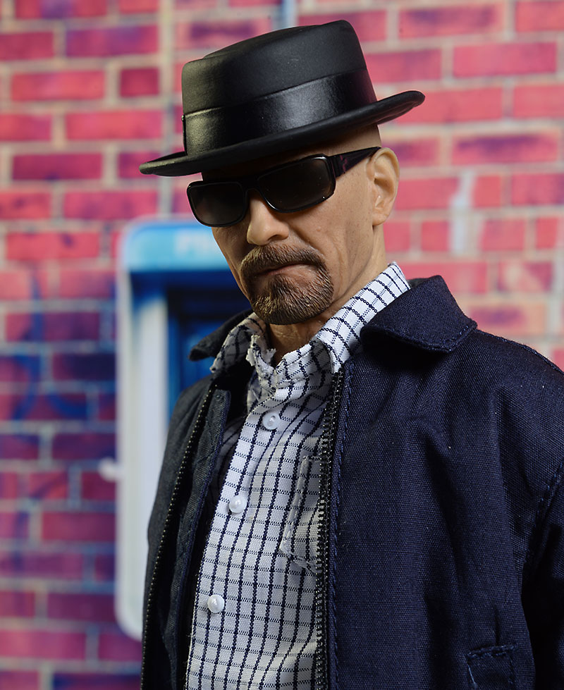 cd7009b3378 Review and photos of ThreeZero Walter White