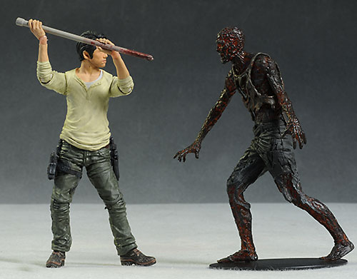 Walking Dead Glenn & Maggie action figures by McFarlane