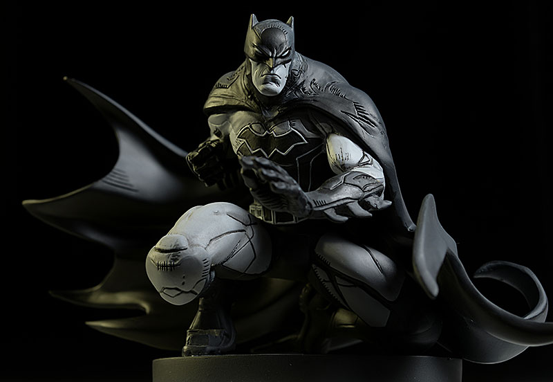 Batman Black and White Joe Madureira statue by DC Collectibles