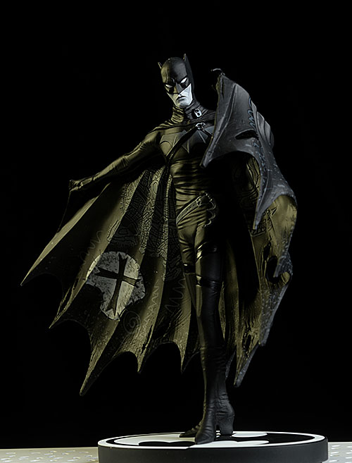 Gerard Way Batman Black and White statue by DC Collectibles