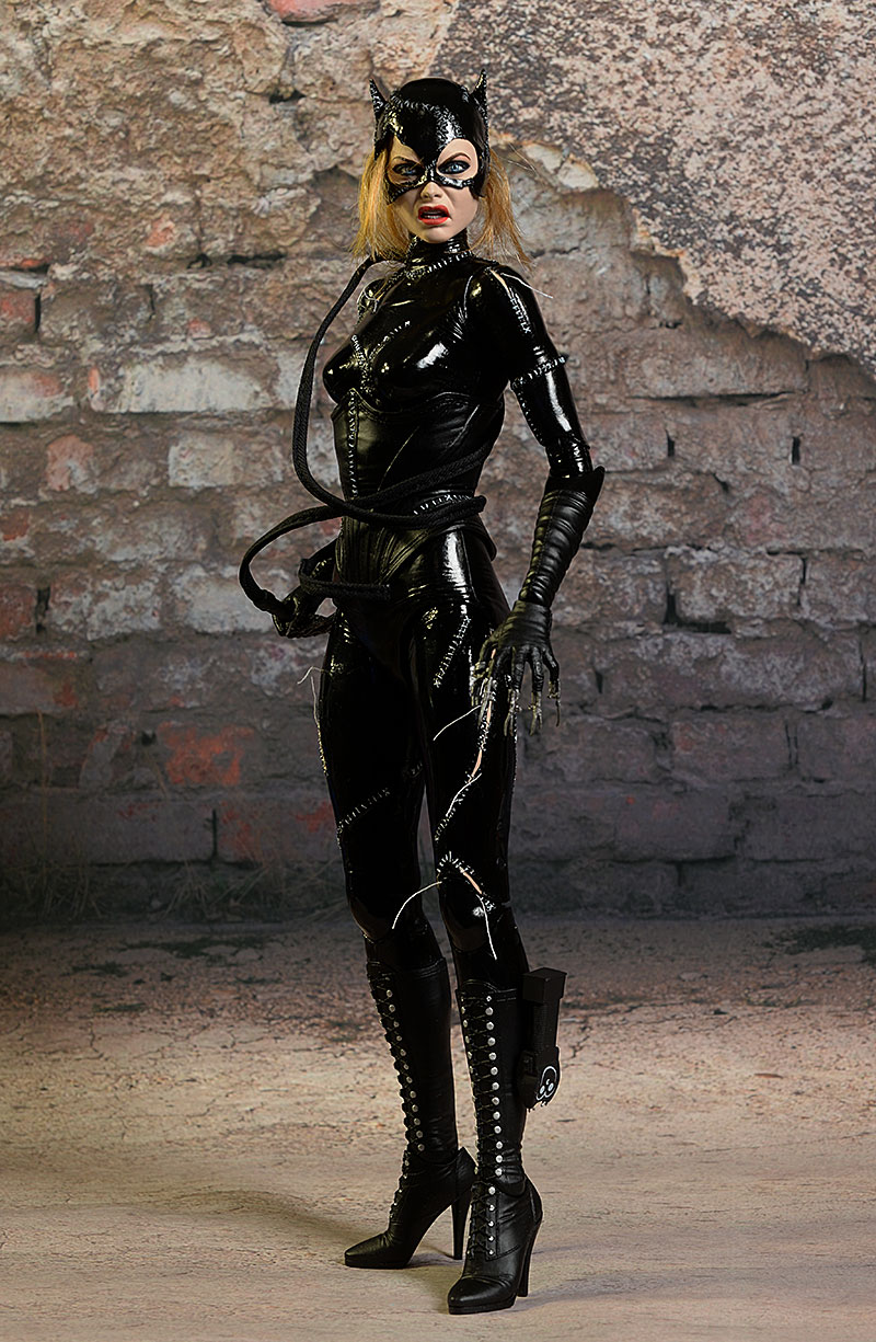 Catwoman 1:4 Scale Action Figure NECA Free Shipping! Batman Returns