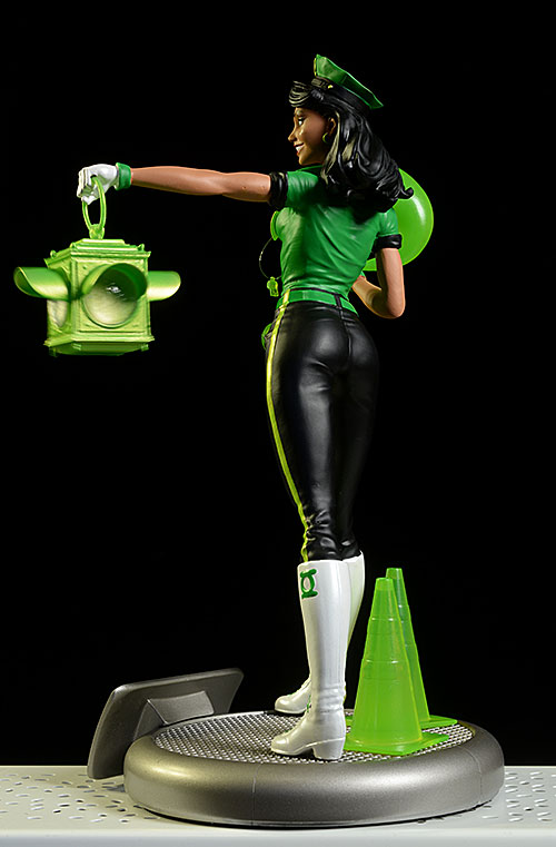 Green Lantern Jessica Cruz DC Bombshells statue by DC Collectibles