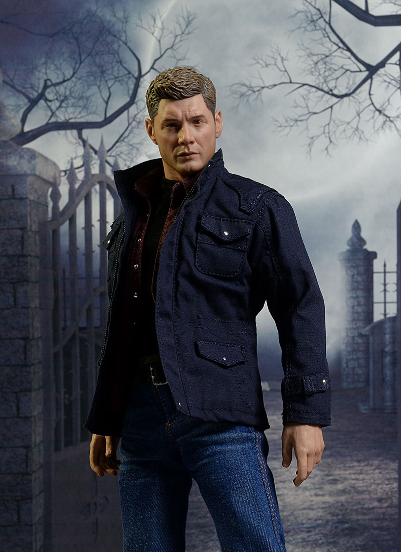 Dean Winchester Supernatural sixth scale action figure by Quantum Mechanix Qmx
