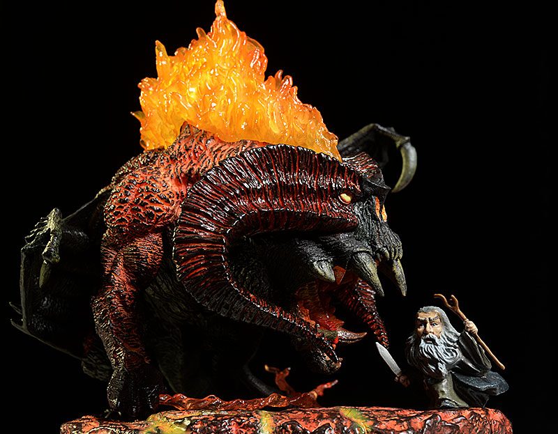 Balrog Lord of the Rings Defo-Real deluxe vinyl figure by Star Ace