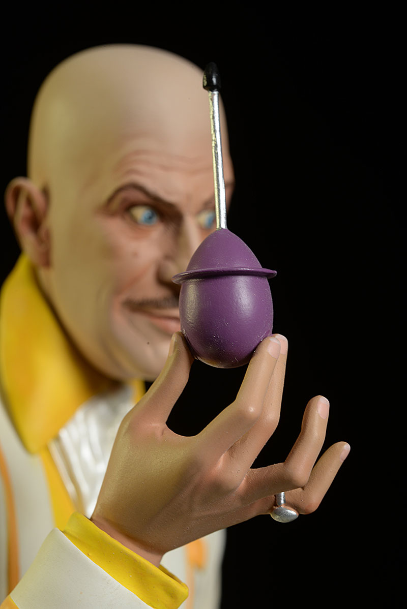 Egghead Batman 1966 TV show statue by Tweeterhead