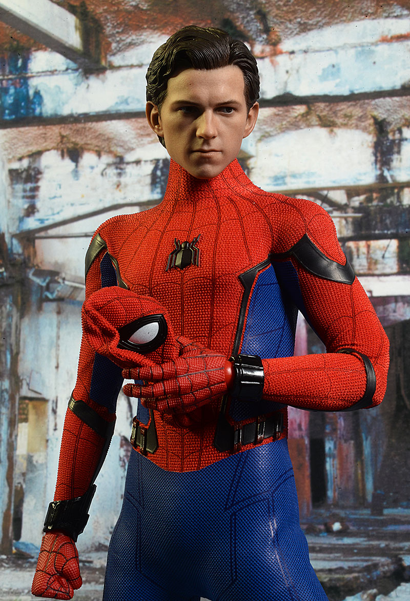 Spider-Man Homecoming sixth scale action figure by Hot Toys
