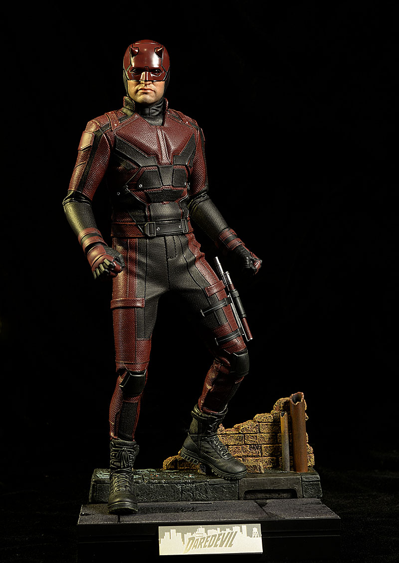 Daredevil Marvel Netflix sixth scale action figure by Hot Toys