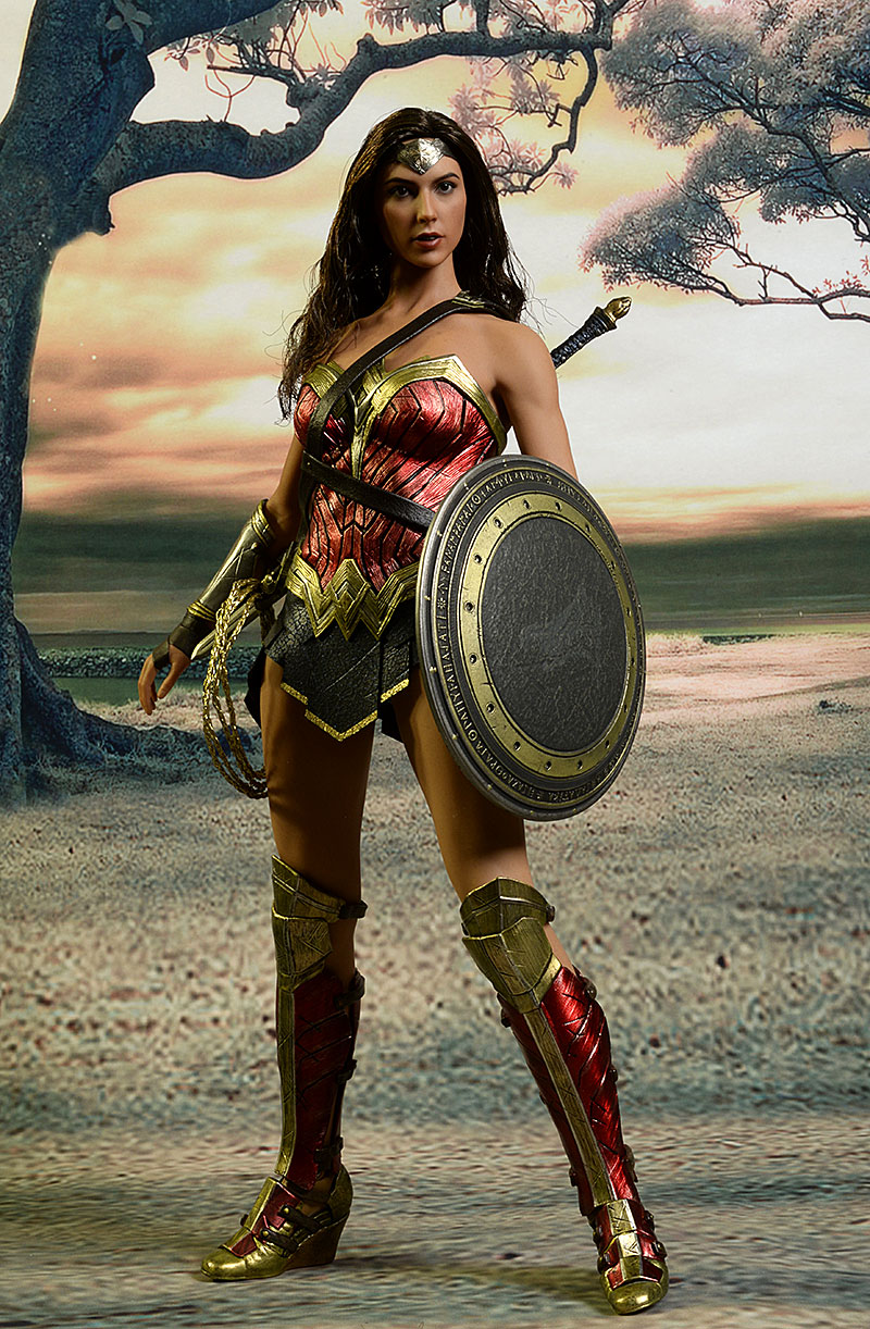 Wonder Woman Batman V Superman sixth scale action figure by Hot Toys