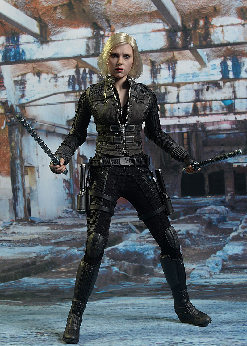 Black Widow Avengers Inifinty War sixth scale action figure by Hot Toys