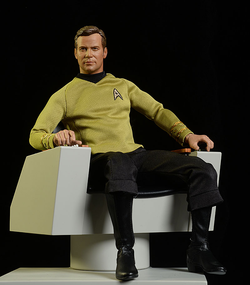 QMX Captain's Chair Star Trek sixth scale