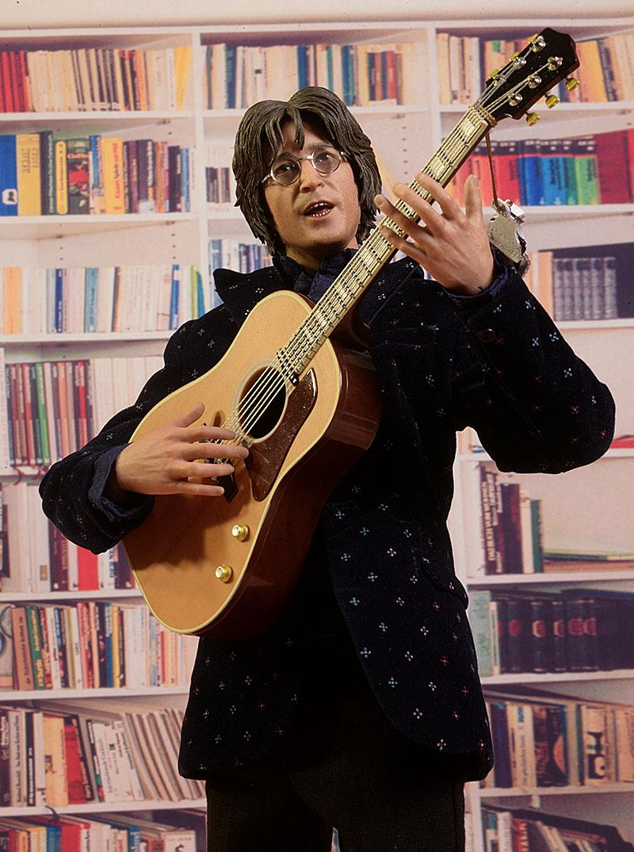 John Lennon Molecule8 figure review Review_lennon_10