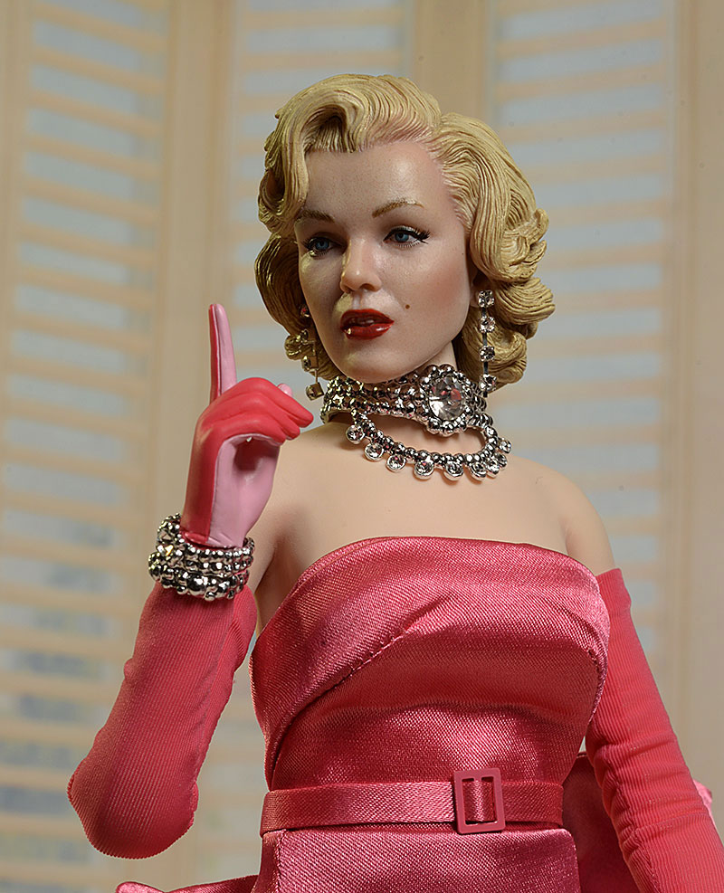 Discussion on this topic: Zora Rozsypalova, marylin-star/