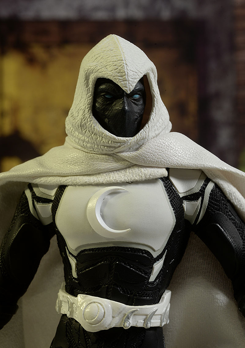 Review and photos of Moon Knight Crescent Edition One:12