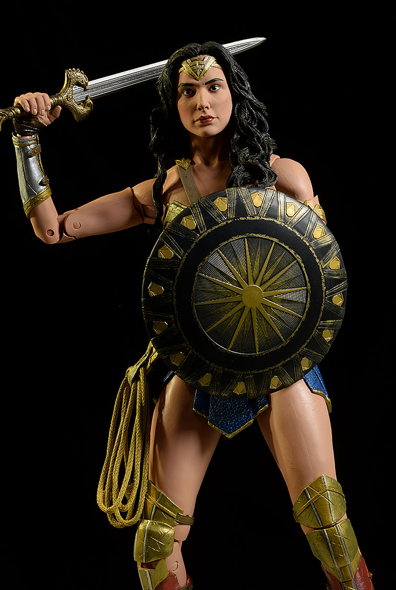 Wonder Woman 1/4 scale action figure by NECA