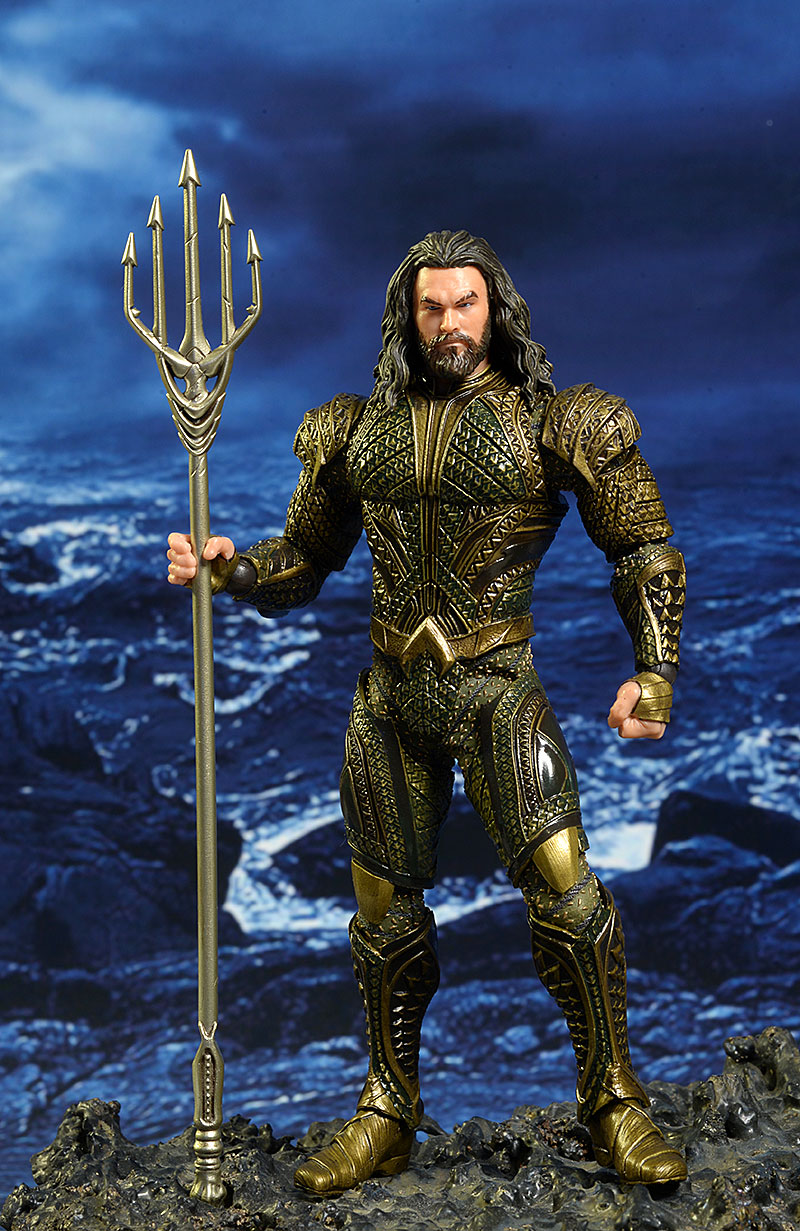 Aquaman Justice League One:12 Collective action figure by Mezco Toyz