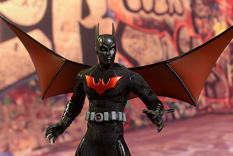 Batman Beyond One:12 Collective action figure by Mezco Toyz