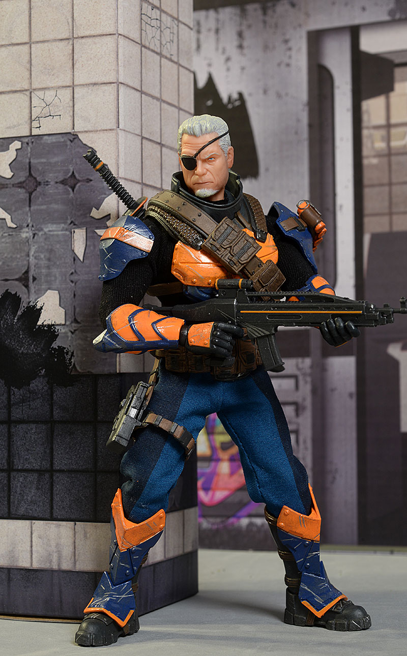 One:12 Collective Deathstroke action figure