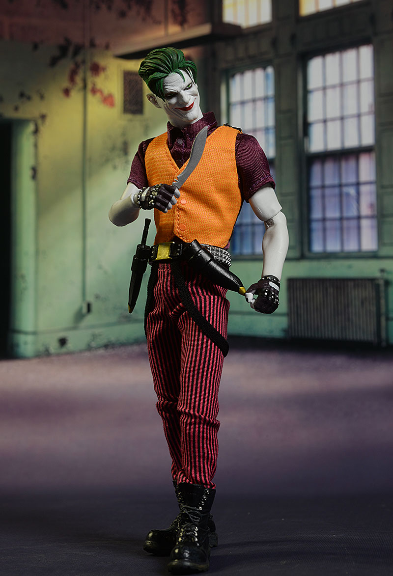 Review and photos of Joker Clown Prince of Crime One:12 Collective