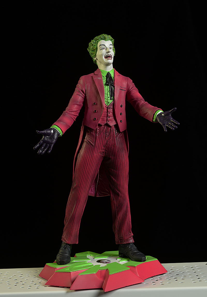 DST Premier Collection Joker Statue