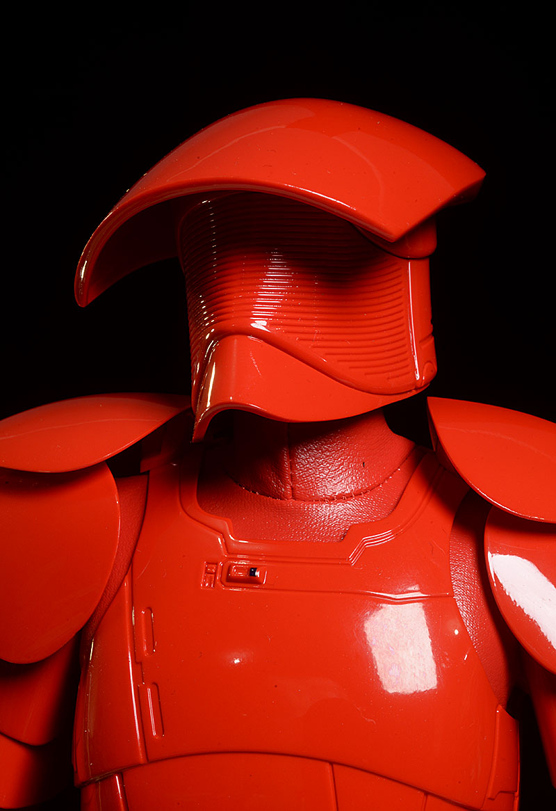Praetorian Guard Double Blade Star Wars action figure by Hot Toys