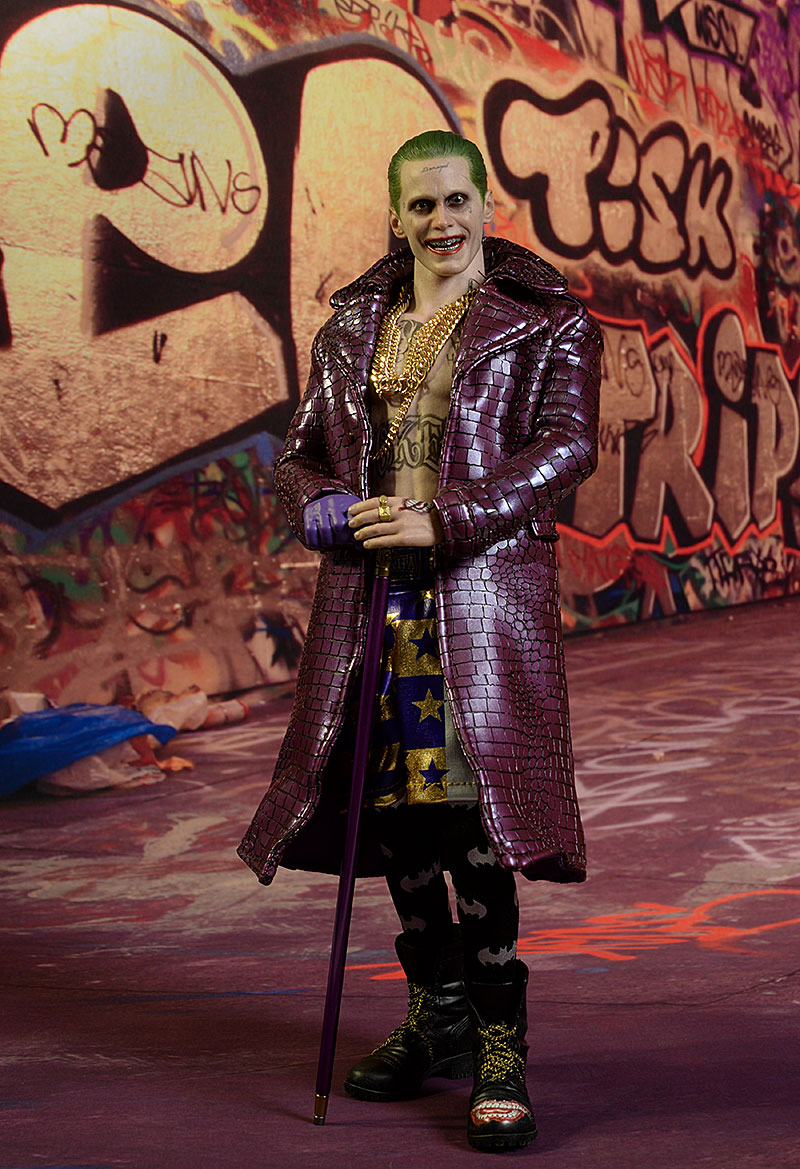 Suicide Squad Joker Purple Coat Deluxe action figure by Hot Toys