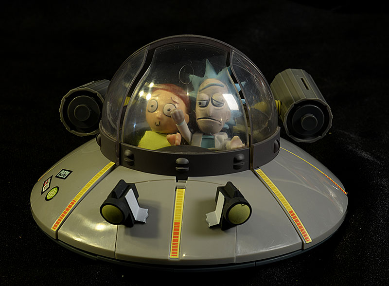 Rick and Morty Spaceship and Garage building set by McFarlane Toys