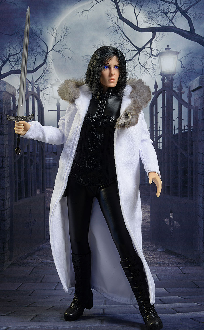 Review and photos of Underworld Selene Blue Eyes sixth ...Underworld Selene Eyes