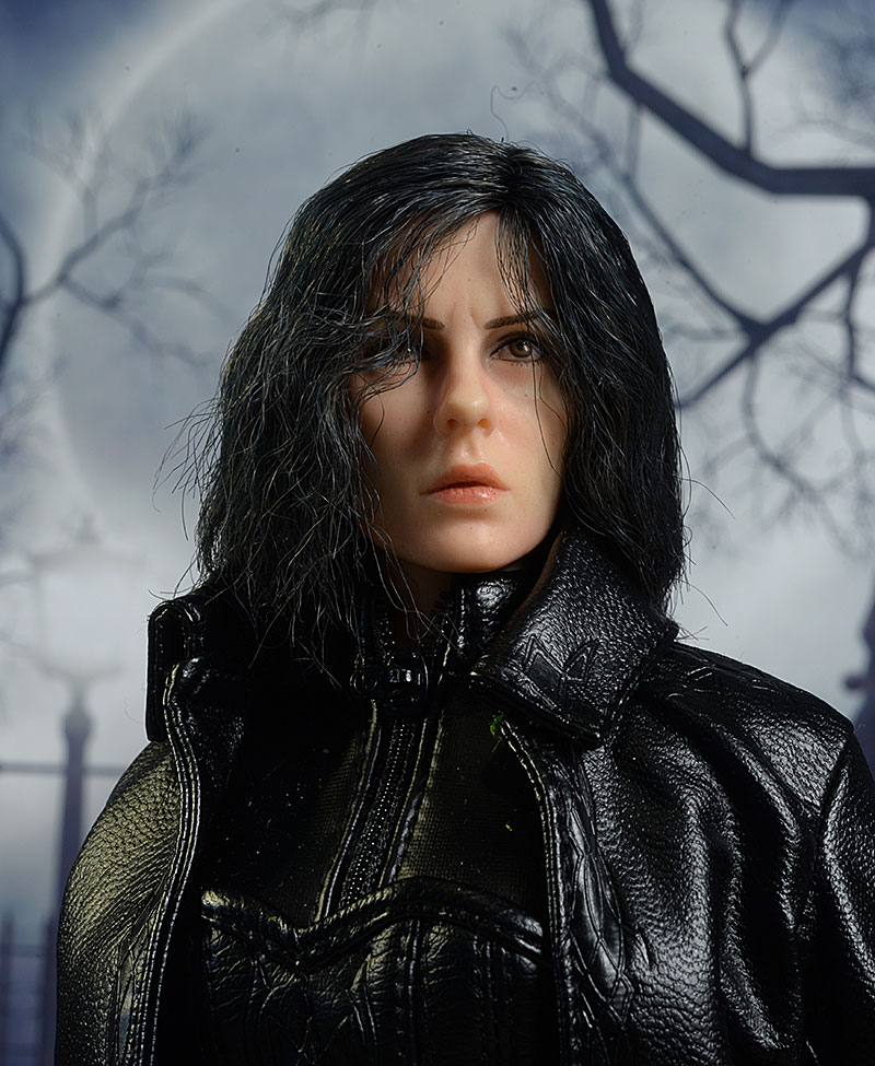 Underworld Blue Eyed Selene Base Figure Stand