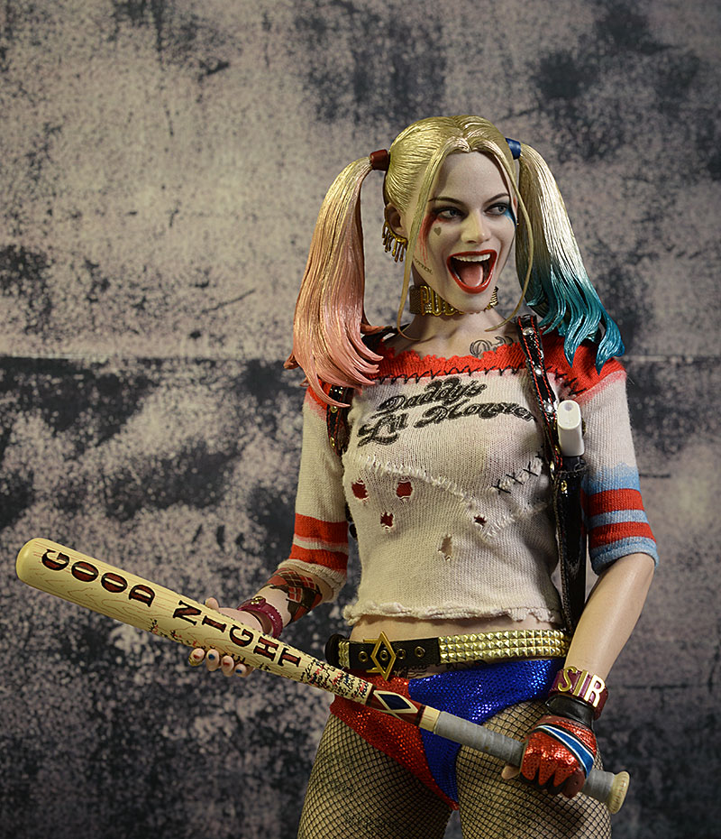 54a5c0e11f61 Review and photos of Harley Quinn Suicide Squad sixth scale action ...