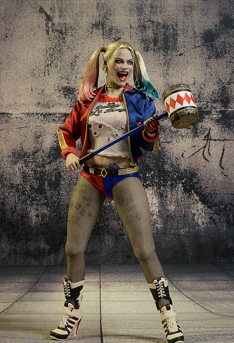 Harley Quinn Suicide Squad sixth scale action figure by Hot Toys