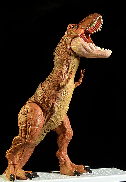 Jurassic Park Thrash 'n Throw Tyrannosaurus Rex action figure by mattel