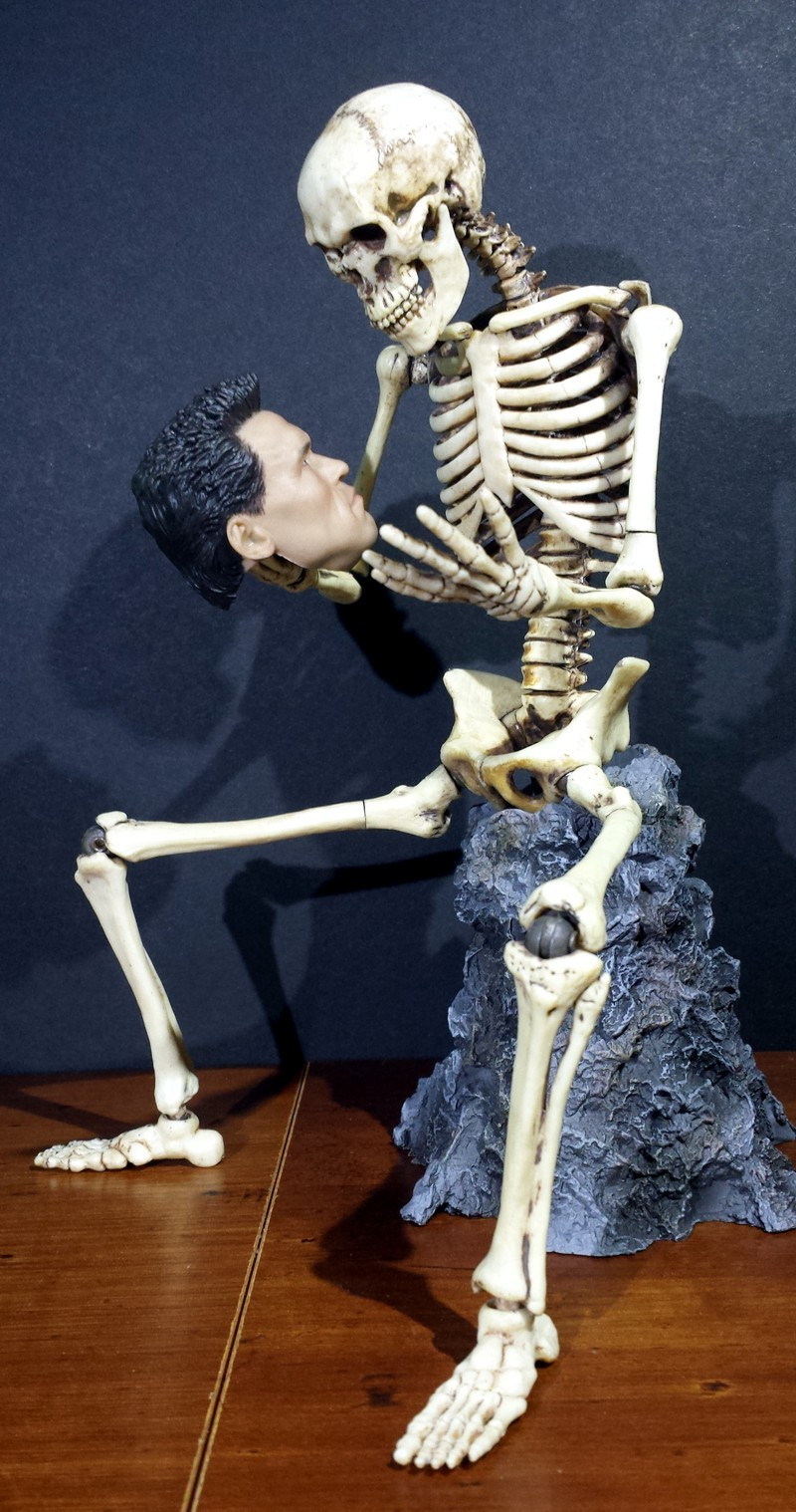 Human Skeleton sixth scale action figure by COO/COOMODEL