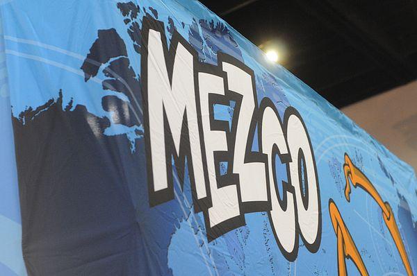 [SDCC 2012] Stand da Mezco Sdcc2012_mezco_1