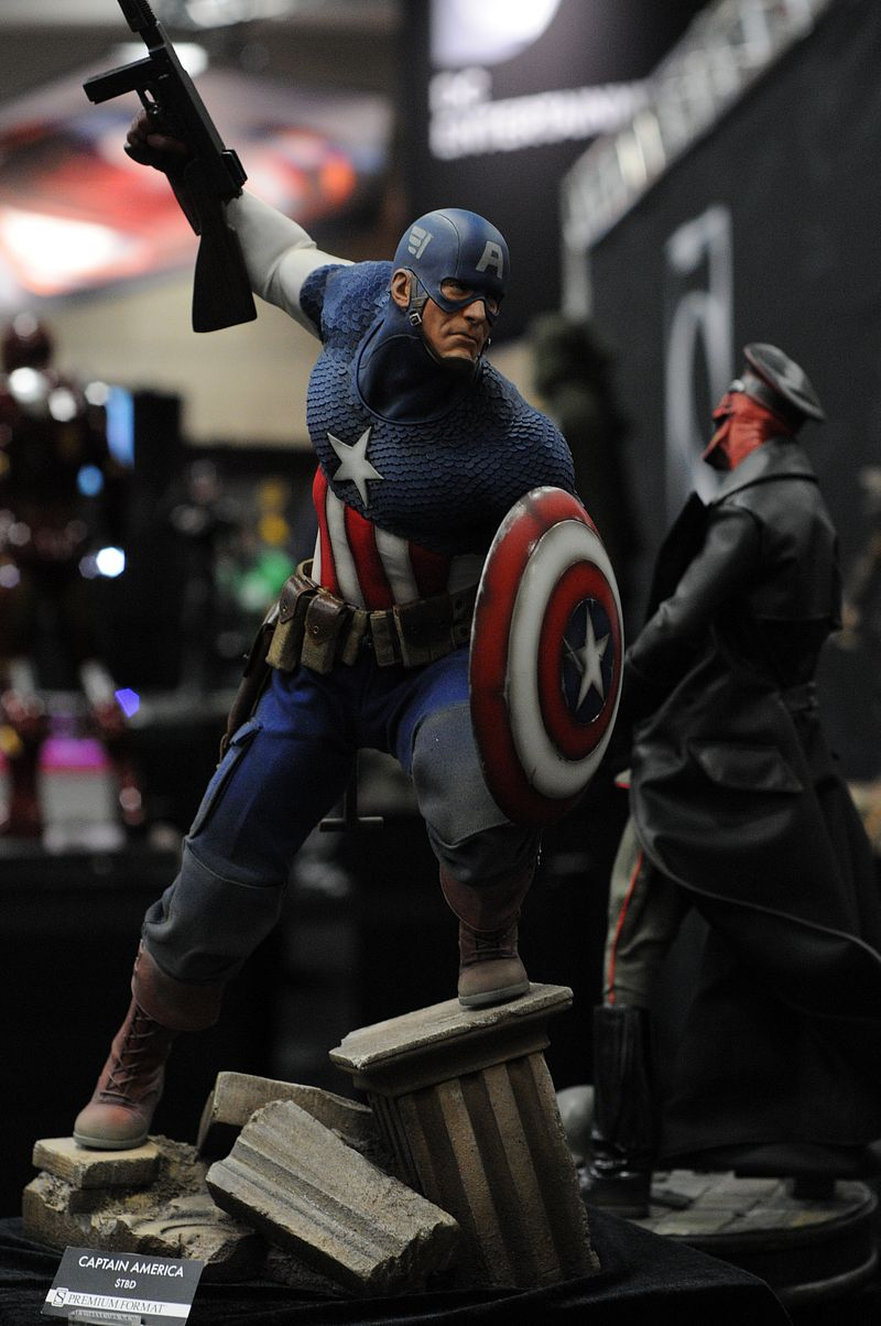 """CAPTAIN AMERICA """" ALLIED CHARGE ON HYDRA """" Premium format Sdcc2013_sideshow_50"""