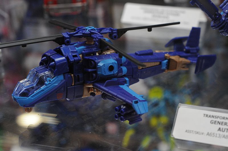 orange and blue helicopter transformer 2014 san diego comic con sdcc hasbro transformers