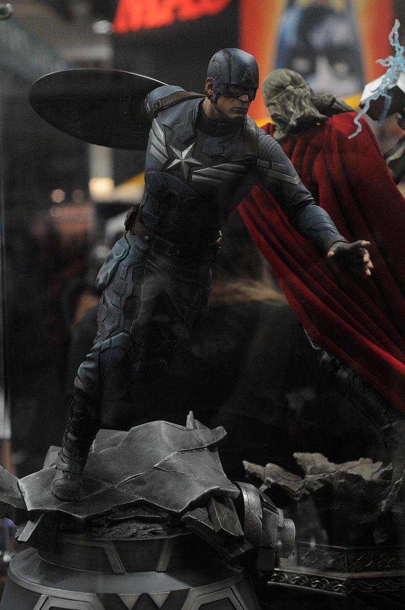 [Sideshow] Premium Format   Captain America: The Winter Soldier - Página 3 Sdcc2014_sideshow_80