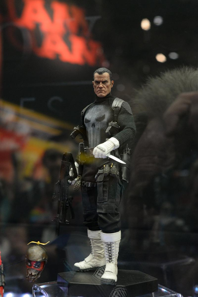 [Sideshow] - The Punisher Sixth Scale Figure Sdcc2015_sideshow_124